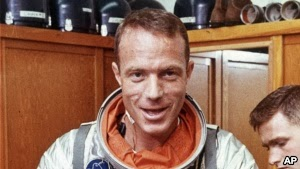Photo of Early U.S. Astronaut Scott Carpenter Dies at Age 88, Wife Says