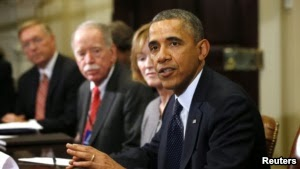 Photo of Poll Shows More Americans Say Obama Can't Manage Government