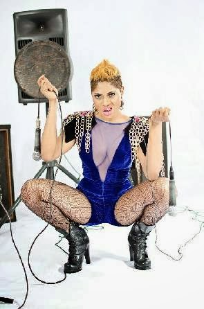Photo of Eazzy goes 'hot' after breakup with boyfriend