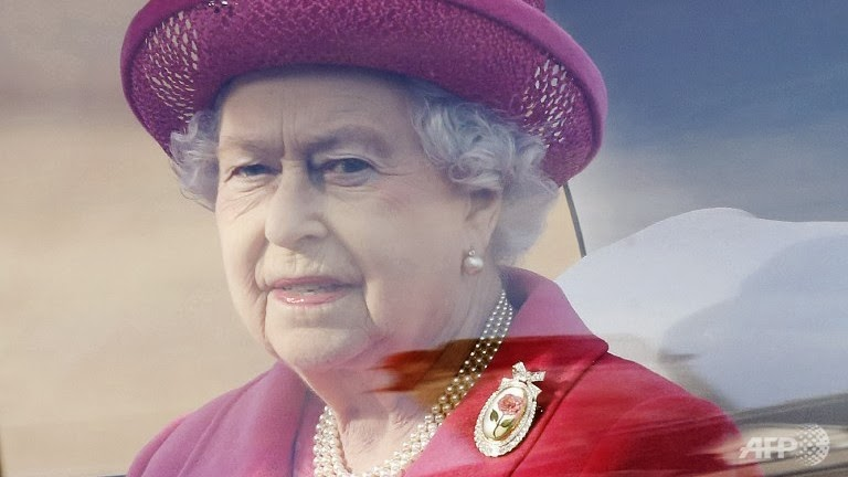 Photo of Queen 'deeply saddened' by Philippines typhoon