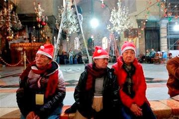 Photo of Crowds gather in Bethlehem for Christmas