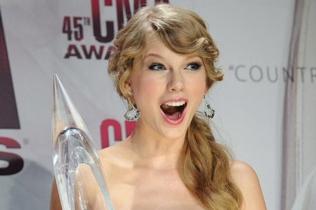 Photo of Taylor Swift tops list of 'most charitable celebrities' for 2013
