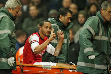 Photo of Arsenal's Theo Walcott could face FA investigation after making scoreline gesture to Spurs fans