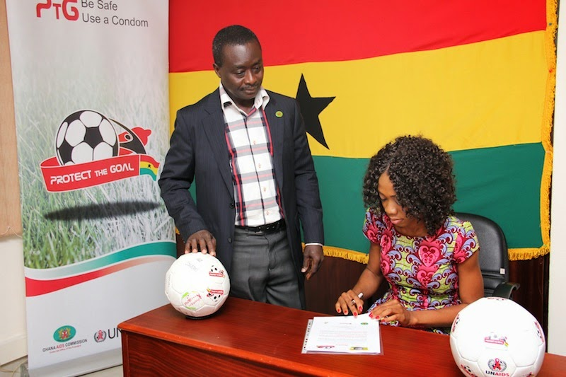 Photo of Juliet Bawuah signs up to UNAIDS' Protect the Goal campaign