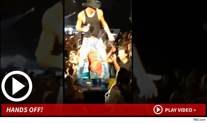 Photo of Tim McGraw — Slapping 'Victim' Smacked Singer's Ass Before Attack