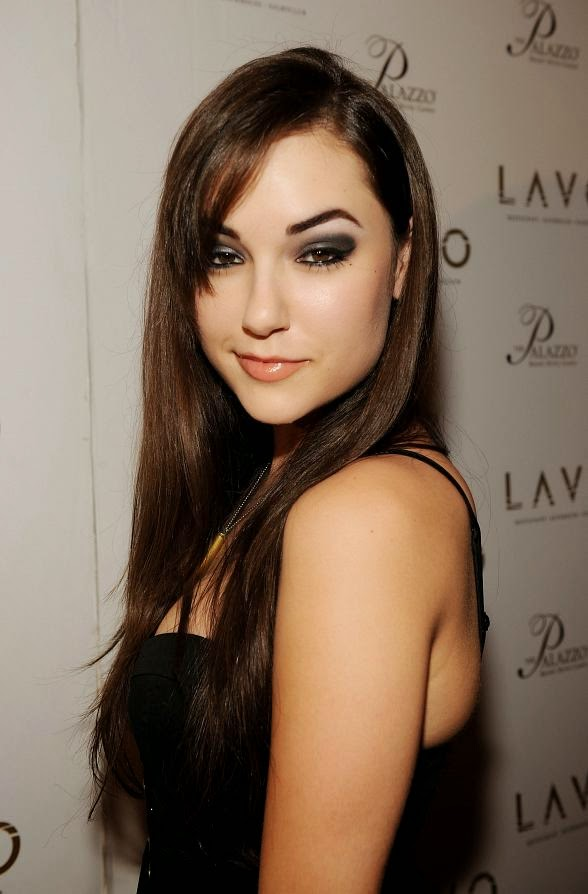 Photo of Porn Star Sasha Grey — My Abusive Ex Claimed He Was a DIA Spy!