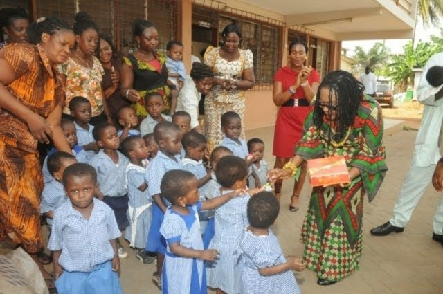 Photo of Ghana: First Lady donates to seven Orphanages
