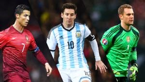 Photo of Cristiano Ronaldo, Lionel Messi and Manuel Neuer up for Ballon d'Or