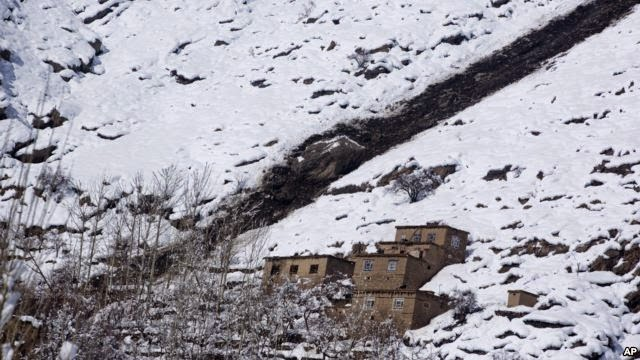 Photo of At Least 200 Dead in Afghan Avalanches