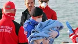 Photo of Aid group: 400 feared dead after migrant boat capsizes