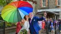 Photo of Irish voters pass same-sex marriage