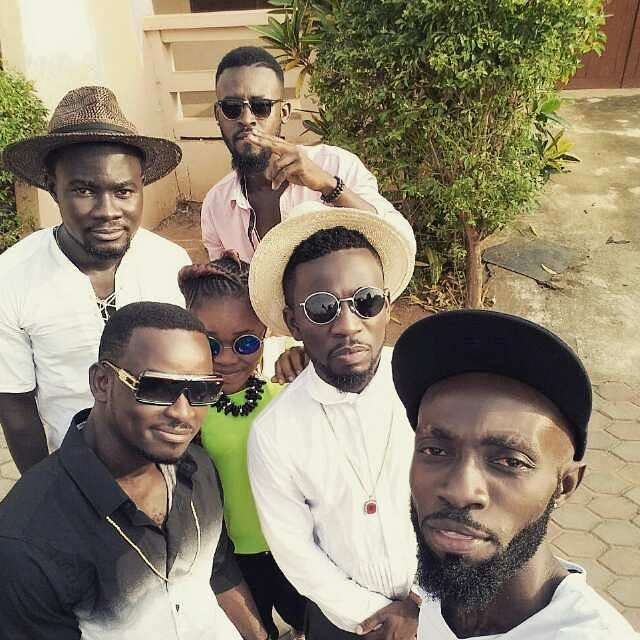 Photo of Bisa Kdei & his crew involved in an accident