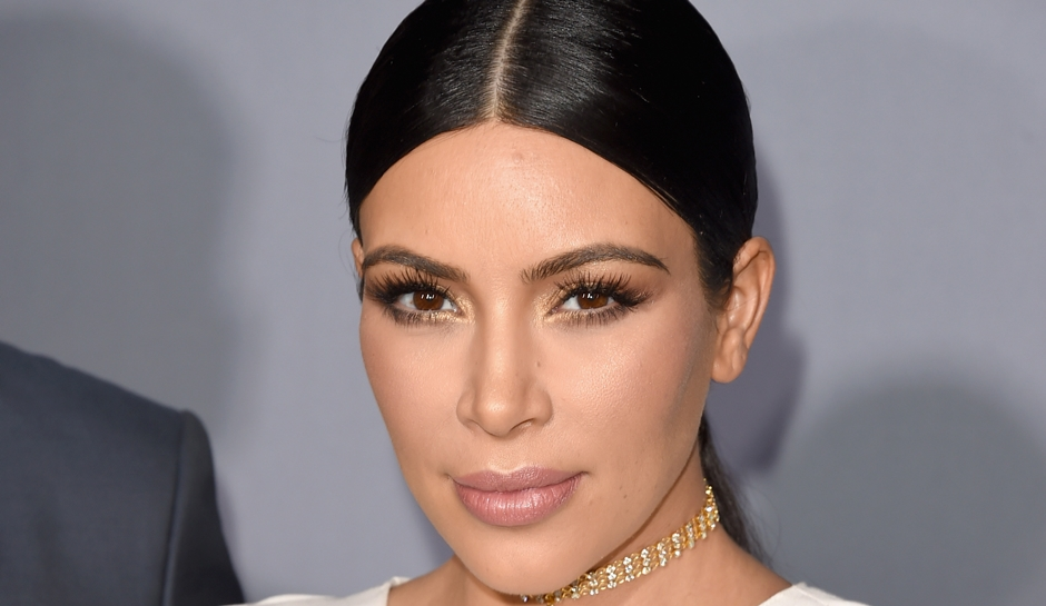 Photo of Kim Kardashian Is Safe After Being Held at Gunpoint Inside Her Paris Hotel Room