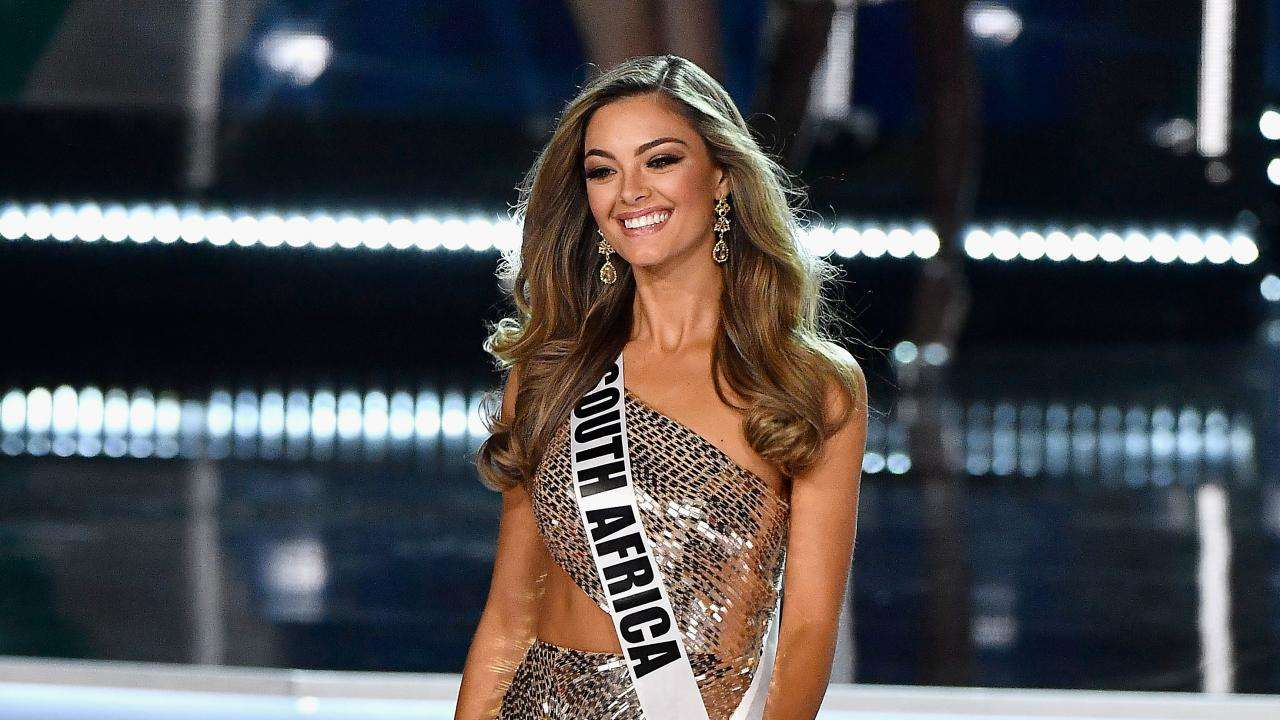 Photo of South Africa's Demi-Leigh Nel-Peters Crowned Miss Universe 2017