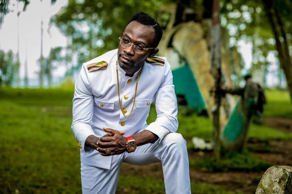 Photo of Okyeame Kwame Condemns People Who Insulted Emelia Brobbey Over Her 'Fa Me Ko' Song