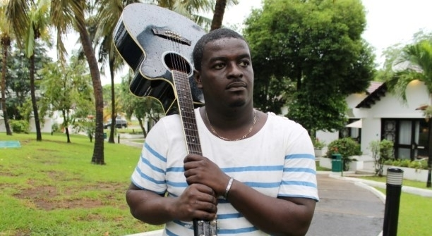 Photo of Kumi Guitar Says Stonebwoy Was Given A Week To Decide His Fate With Zylofon