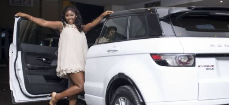 Photo of Photo: Salma Mumin Cannot Hide Her New Range Rover