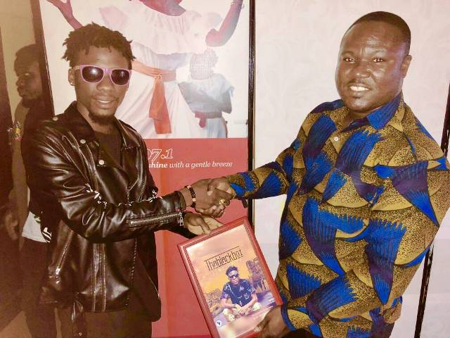 Photo of ThaBlack Boi Presents A Copy Of 'Time Up' EP To Suncity Radio Boss