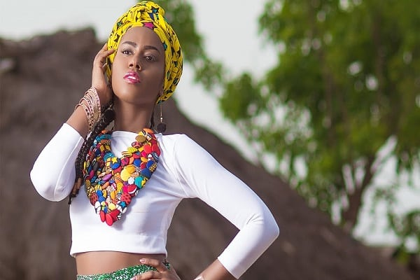 Photo of MzVee Reveals The Inspiration Behind 'Come And See My Moda'