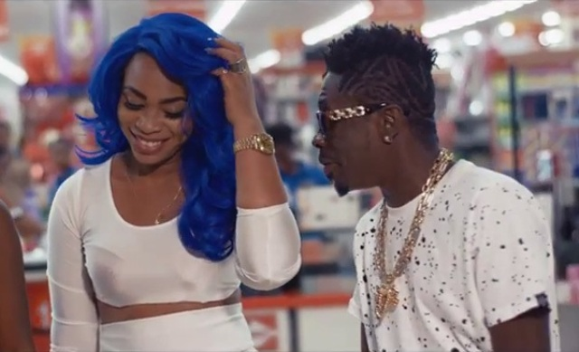 "Photo of ""Will You Marry Me?"" – Shatta Wale Proposes To Michy (Video Inside)"