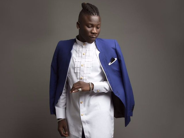 Photo of Stonebwoy Opens Up On How He Has Been Living With Implants From Age 14