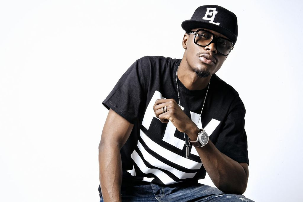 Photo of From A Distance, E.L Says He Has Been Supporting Up And Coming Artistes
