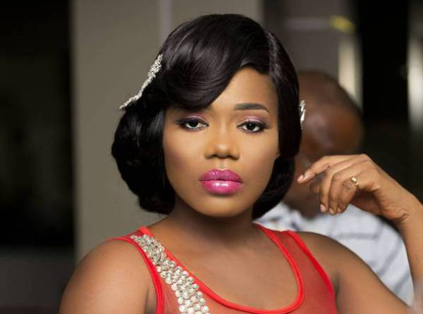 Photo of Politics Has Affected My Music Career – Mzbel Cries Out