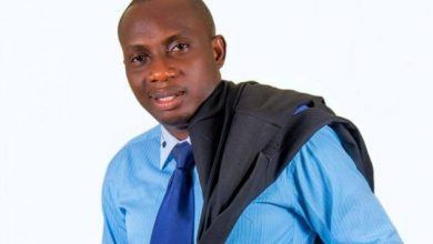 Photo of Counselor Lutterodt Says Any Man Who Washes His Towel Is Mad