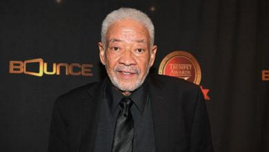 Photo of 'Lean On Me' Soul Singer, Bill Withers Dies At 81