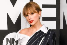 Photo of Taylor Swift Reveals How She's Staying Occupied During Coronavirus Pandemic