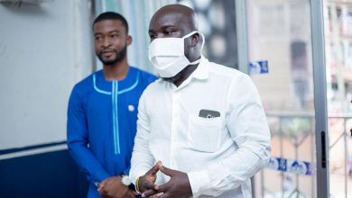 Photo of 13 Radio Stations, 1 TV Station Receives Face Masks From Bra Dea Foundation And Candy's Support Worldwide In Sunyani – See Photos