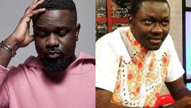 Photo of Arnold Asamoah-Baidoo Explains Why Sarkodie Fits More For VGMA Artiste Of The Year 2020