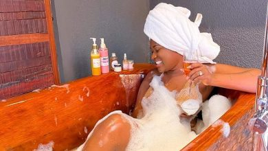 Photo of Fella Makafui Shares Video And Photos Of Herself Enjoying In A Bathtub – Says Beauty Never Asks For Attention