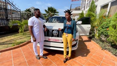Photo of Ohemaa Woyeje Prays To God To Give Dr Kwaku Oteng More Life After He Dashed Her A Brand-New Toyota Prado