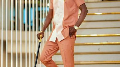 Photo of Kuami Eugene Signals Critics That His Fashion Sense Is On Point In Latest Video (Watch)