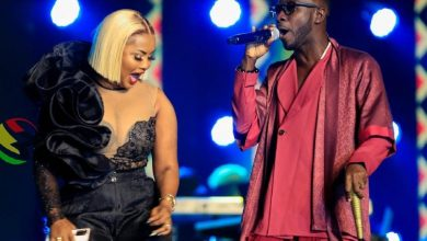 Photo of Ex-Lovers, Nana Ama McBrown And Okyeame Kwame Wow Audience At VGMA 22 With Amazing Performance – Video
