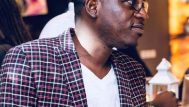 Photo of Music Producer, Possigee Chides Entertainment Journalists In Ghana